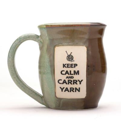 Yarn - Keep calm and carry yarn - Mossy Cliffs - 10 oz. mug