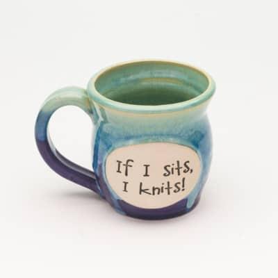 If i sits, i knits Sweet pea 10 oz. mug